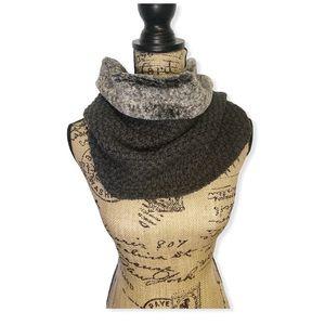 Calvin Klein scarf faux fur